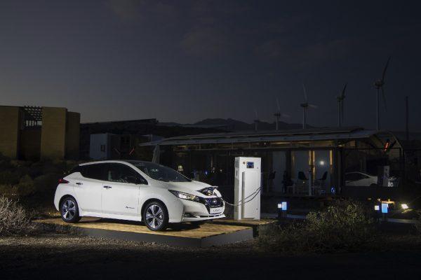 Nissan Lead con conector CHAdeMO